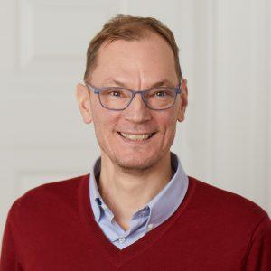 Dr Jesper Larsen